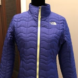 The North Face purple and lime puffer coat NEW